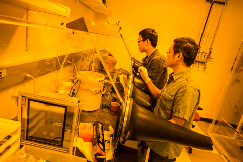 Students work in an electrical engineering lab